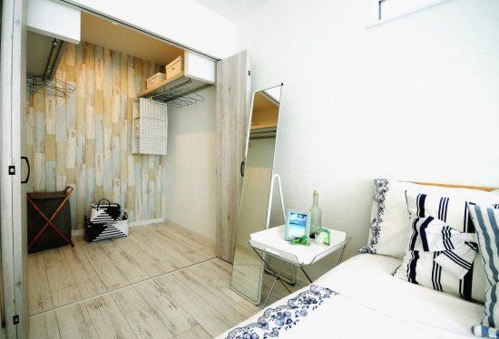 南欧風の家 寝室の風景2