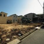 三田市のF様邸 擁壁築造工事の着工です。